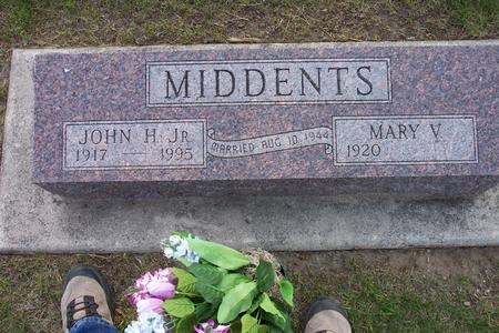 MIDDENTS, JOHN H. JR - Hamilton County, Iowa | JOHN H. JR MIDDENTS