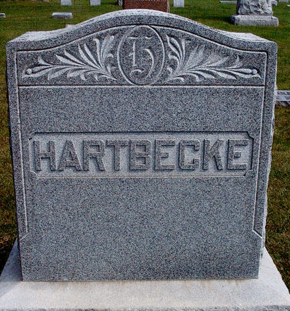 HARTBECKE, FAMILY MONUMENT - Hancock County, Iowa   FAMILY MONUMENT HARTBECKE