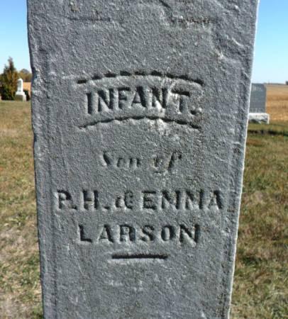 LARSON, INFANT - Hancock County, Iowa | INFANT LARSON