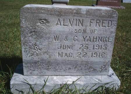 YAHNKE, ALVIN F - Hancock County, Iowa | ALVIN F YAHNKE