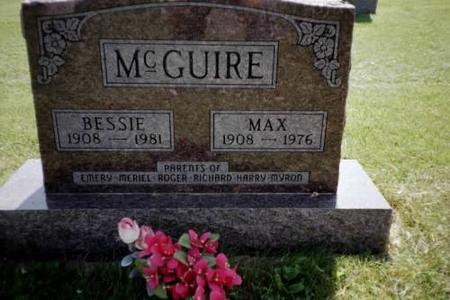 MCGUIRE, MAX & BESSIE - Henry County, Iowa | MAX & BESSIE MCGUIRE