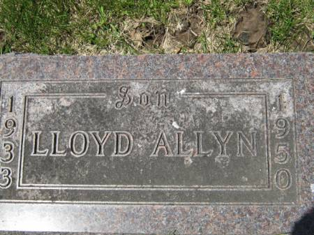 YEARIAN, LLOYD ALLYN - Iowa County, Iowa | LLOYD ALLYN YEARIAN