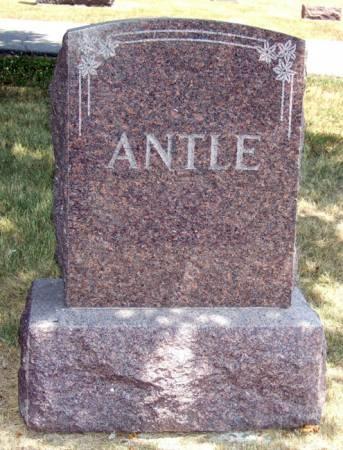 ANTLE, MONUMENT - Jasper County, Iowa | MONUMENT ANTLE