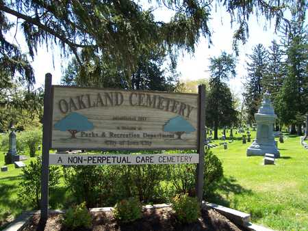 OAKLAND (IOWA CITY), CEMETERY - Johnson County, Iowa | CEMETERY OAKLAND (IOWA CITY)