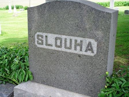 SLOUHA, FAMILY HEADSTONE - Jones County, Iowa | FAMILY HEADSTONE SLOUHA