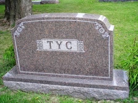 TYC, FAMILY HEADSTONE - Jones County, Iowa   FAMILY HEADSTONE TYC