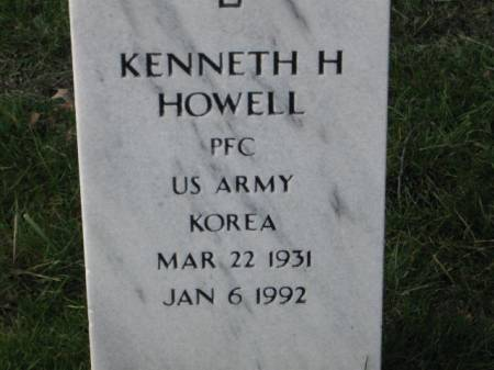 HOWELL, KENNETH  H. - Lee County, Iowa   KENNETH  H. HOWELL
