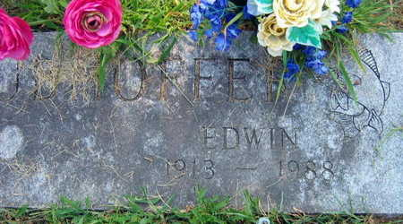 GRUBHOFFER, EDWIN - Linn County, Iowa   EDWIN GRUBHOFFER