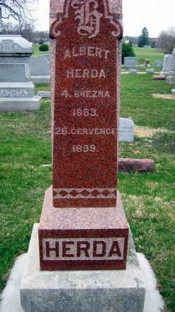 HERDA, FAMILY STONE - Linn County, Iowa   FAMILY STONE HERDA