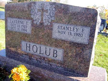 HOLUB, LAVERNE E. - Linn County, Iowa   LAVERNE E. HOLUB