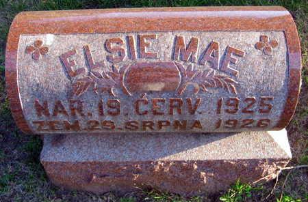 HYNEK, ELSIE MAE - Linn County, Iowa   ELSIE MAE HYNEK