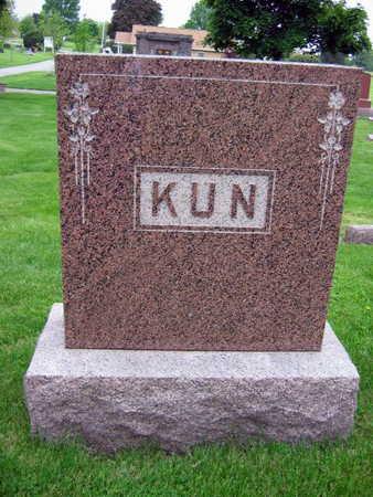 KUN, FAMILY STONE - Linn County, Iowa | FAMILY STONE KUN