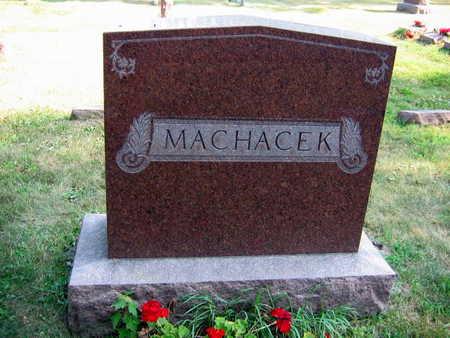 MACHACEK, FAMILY STONE - Linn County, Iowa   FAMILY STONE MACHACEK