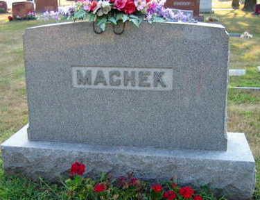 MACHEK, FAMILY STONE - Linn County, Iowa   FAMILY STONE MACHEK