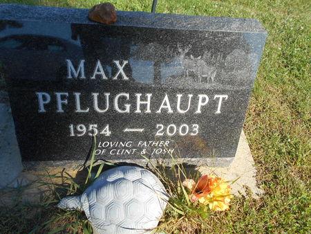 PFLUGHAUPT, MAX - Linn County, Iowa | MAX PFLUGHAUPT