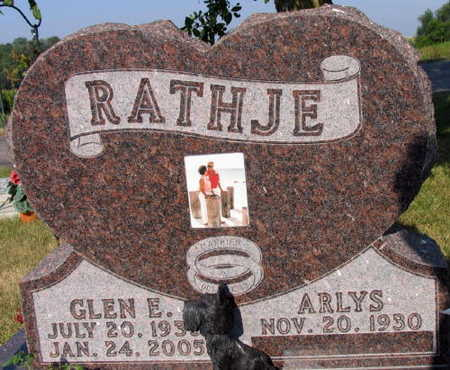 RATHJE, GLEN E. - Linn County, Iowa | GLEN E. RATHJE
