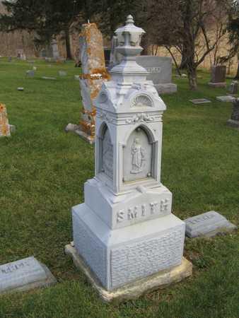SMITH, FAMILY STONE - Linn County, Iowa   FAMILY STONE SMITH