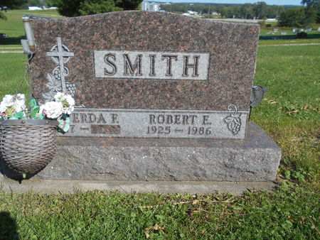 SMITH, ROBERT E - Linn County, Iowa | ROBERT E SMITH