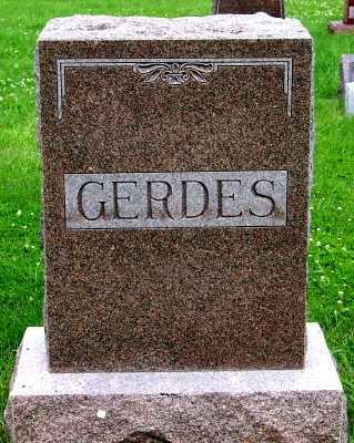 GERDES, FAMILY HEADSTONE - Lyon County, Iowa   FAMILY HEADSTONE GERDES