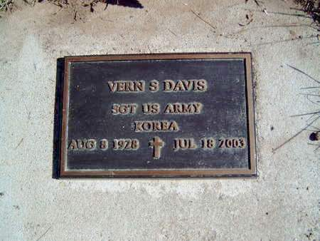 DAVIS, VERN SHIELDS - Madison County, Iowa   VERN SHIELDS DAVIS