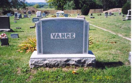 VANCE, FREDERICK & DELLA MAY - Mahaska County, Iowa | FREDERICK & DELLA MAY VANCE