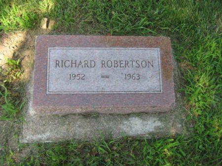 ROBERTSON, RICHARD - Mills County, Iowa | RICHARD ROBERTSON