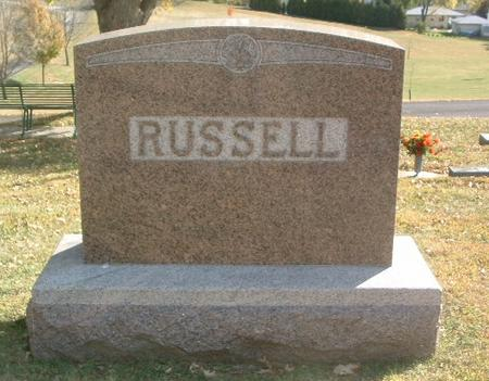 RUSSELL, FAMILY HEADSTONE - Mills County, Iowa   FAMILY HEADSTONE RUSSELL