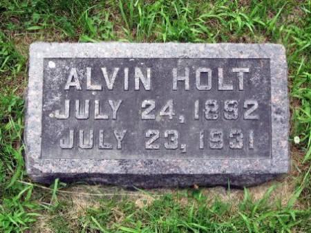 HOLT, ALVIN - Mitchell County, Iowa | ALVIN HOLT