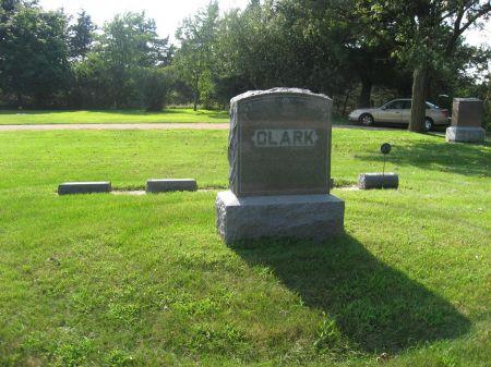 SARGEANT, HARRY L. (LOT) - Mitchell County, Iowa   HARRY L. (LOT) SARGEANT