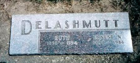 DE LASHMUTT, ERNEST NELSON & RUTH - Monona County, Iowa   ERNEST NELSON & RUTH DE LASHMUTT