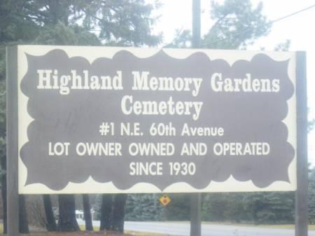 HIGHLAND MEMORY GARDENS, CEMETERY - Polk County, Iowa   CEMETERY HIGHLAND MEMORY GARDENS