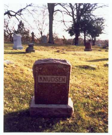 KNUDSEN, FAMILY MARKER - Pottawattamie County, Iowa   FAMILY MARKER KNUDSEN
