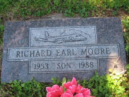 MOORE, RICHARD EARL - Pottawattamie County, Iowa   RICHARD EARL MOORE
