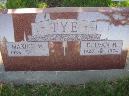 TYE, MAXINE W. - Pottawattamie County, Iowa   MAXINE W. TYE