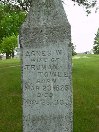 TOWLE, AGNES W. - Sac County, Iowa   AGNES W. TOWLE