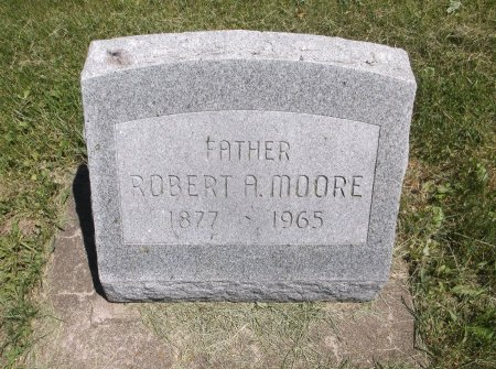 MOORE, ROBERT A. - Scott County, Iowa | ROBERT A. MOORE