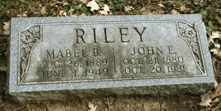 RILEY, MABEL B. - Scott County, Iowa   MABEL B. RILEY