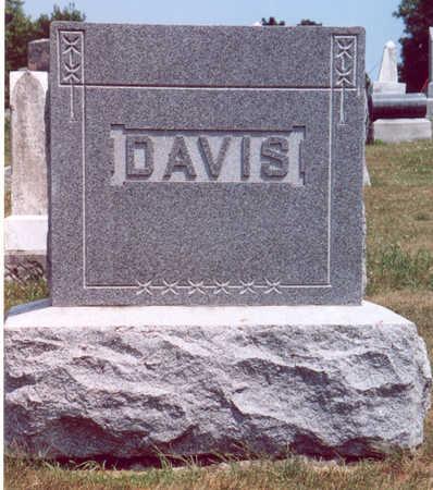 DAVIS (FAMILY STONE), ROBERT C. & FLORA F. - Shelby County, Iowa   ROBERT C. & FLORA F. DAVIS (FAMILY STONE)