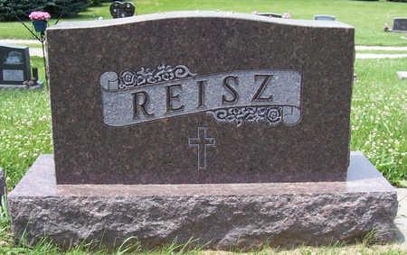 REISZ, CARL F. & CECELIA M. (LOT) - Shelby County, Iowa | CARL F. & CECELIA M. (LOT) REISZ