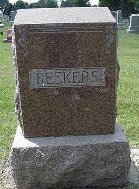 REEKERS, HEADSTONE - Sioux County, Iowa   HEADSTONE REEKERS