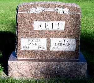 REIT, JANTJE - Sioux County, Iowa | JANTJE REIT
