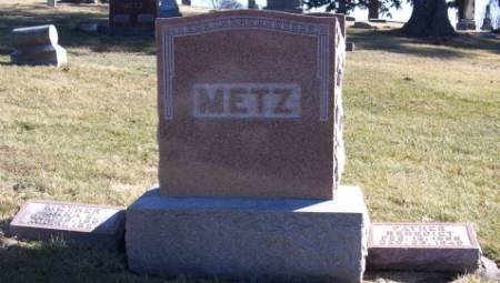 METZ, BENEDICT/ANNA - Tama County, Iowa   BENEDICT/ANNA METZ
