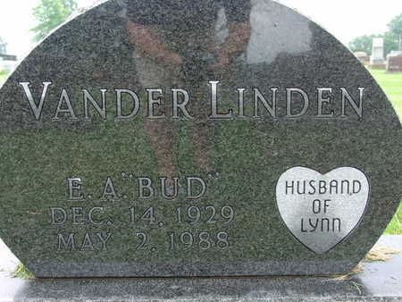 VANDERLINDEN, E A BUD - Warren County, Iowa | E A BUD VANDERLINDEN