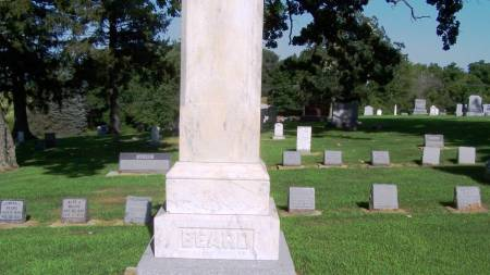 BEARD, WILLIAM FAMILY STONE - Winneshiek County, Iowa   WILLIAM FAMILY STONE BEARD