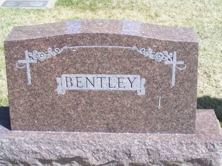 BENTLEY, HENRY FAMILY STONE - Winneshiek County, Iowa   HENRY FAMILY STONE BENTLEY