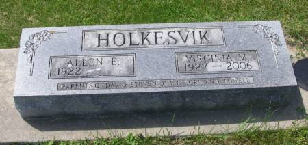 HOLKESVIK, VIRGINIA MAE - Winneshiek County, Iowa   VIRGINIA MAE HOLKESVIK