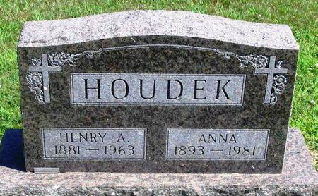 HOUDEK, HENRY A. - Winneshiek County, Iowa   HENRY A. HOUDEK