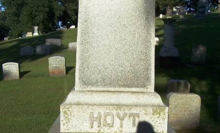 HOYT, T. M.  FAMILY STONE - Winneshiek County, Iowa | T. M.  FAMILY STONE HOYT