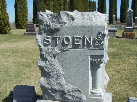 STOEN, HALSTEN FAMILY STONE - Winneshiek County, Iowa   HALSTEN FAMILY STONE STOEN