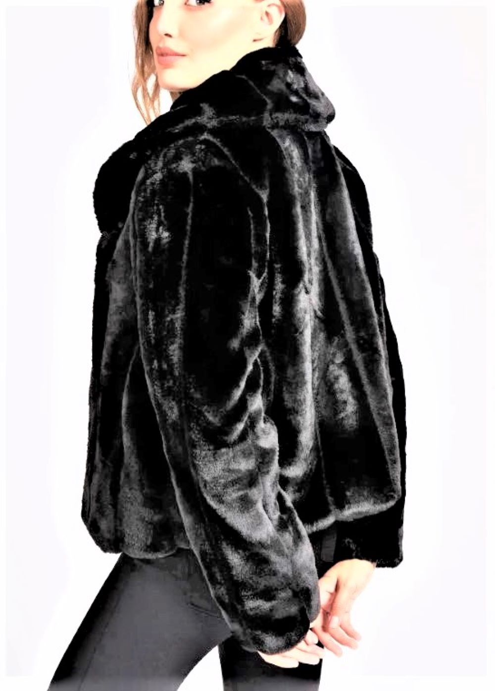 fur  GUESS | Fur | W0BL0NWDCH0JBL